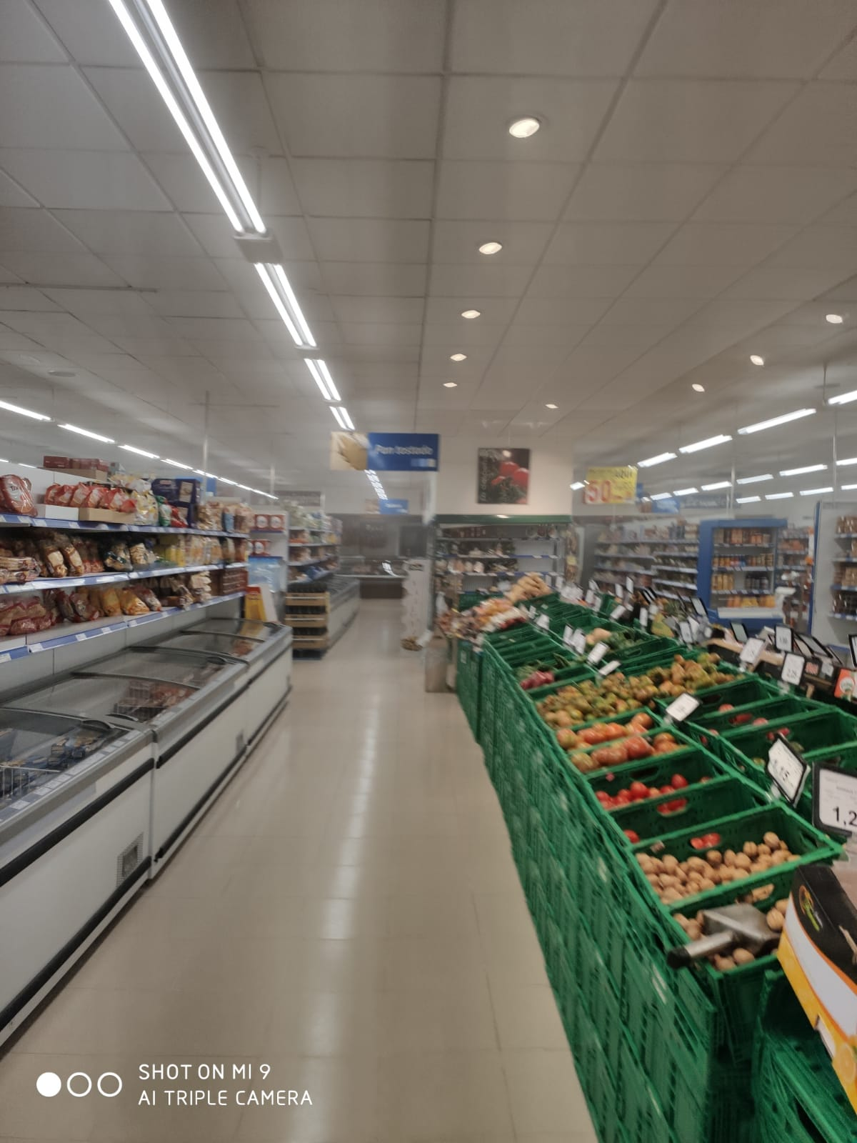 Desinfecccion coronavirus supermercado